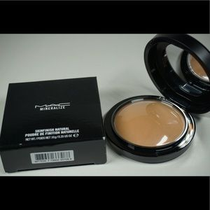 NEW - MAC Cosmetics Mineralize Skinfinish Med Dark